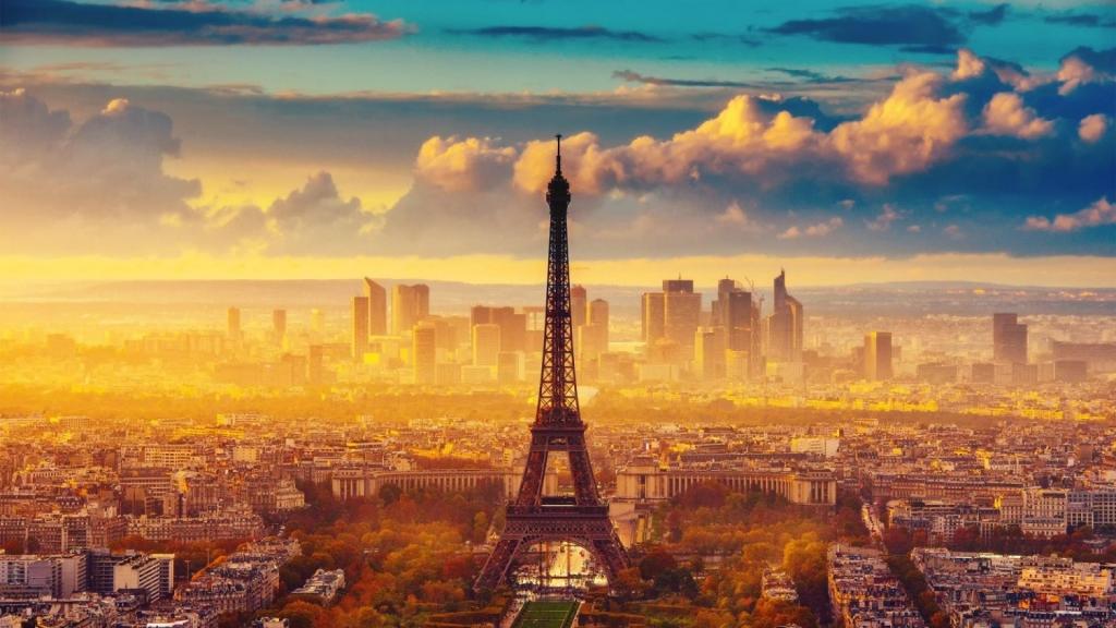 Cảnh Thành Phố Và Tháp Eiffel